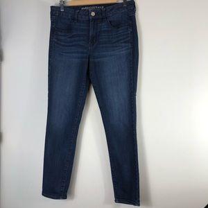 AMERICAN EAGLE OUTFITTERS Darker Denim Skinny Jean